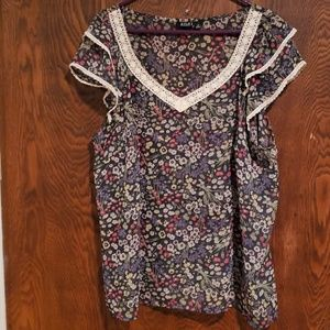 a.n.a Woman Sheer floral sleeveless blouse